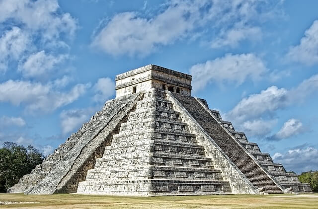 Ancient Places: Chichén Itzá