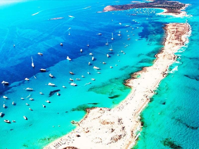 Playa de Ses Illetes Ibiza
