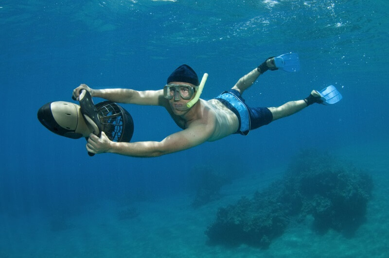 Water Sports: Underwater Scooter