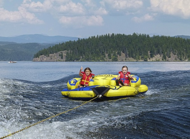 rafting-339187_1280
